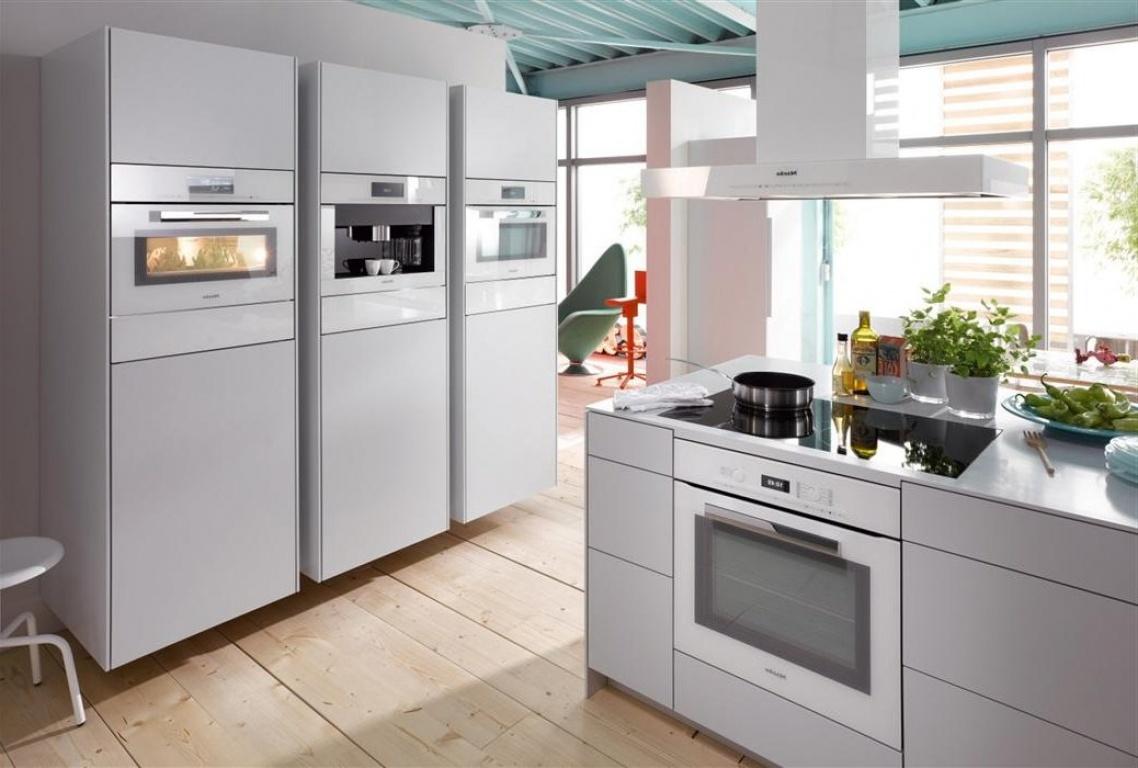 фото встраиваемая техника для кухни белого цвета